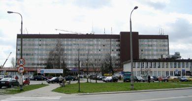 Można odwiedzać pacjentów szpitala na Winiarach
