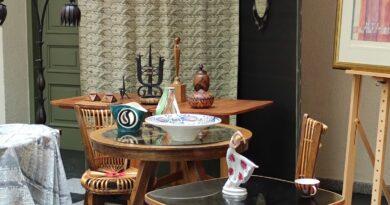 Wyjątkowe meble, ceramika. Muzeum Mazowieckie w Płocku otrzymało nowe eksponaty